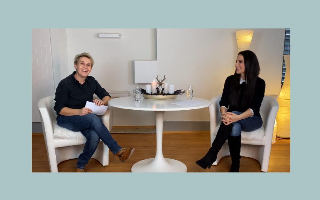 Mit Videos starten - Interview mit Jasmin Schmid und Franziska Senn